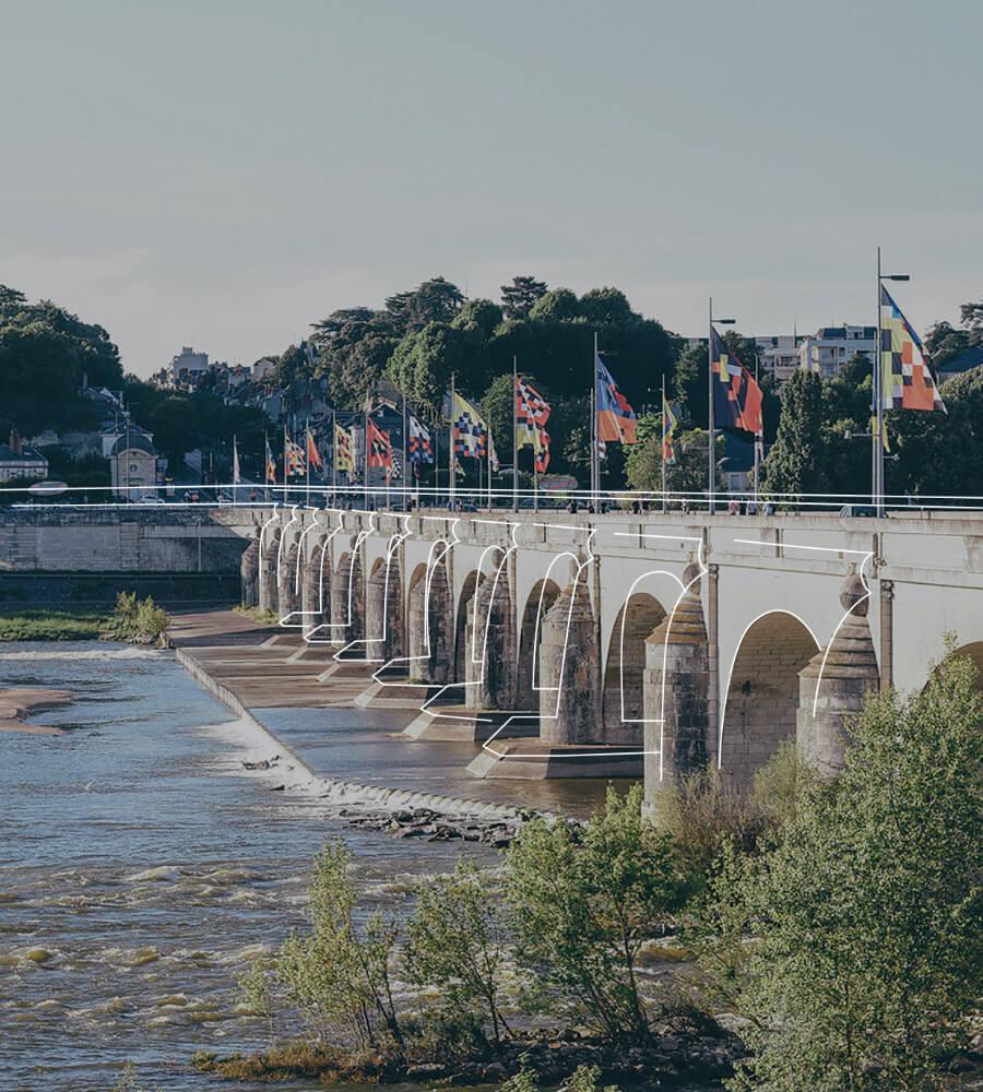tours-pont-wilson-les-jeux-nationaux-du-sport-entreprise-agence-conseil-en-communication-Letb-synergie